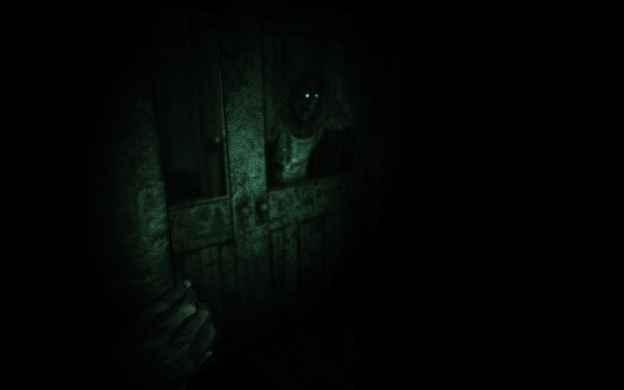 outlast-playstation-4-ps4-1370958068-005