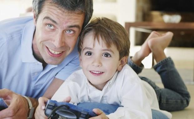 Educazione videoludica come un padre ha insegnato al figlio la cultura del videogioco - Donare un immobile al figlio ...