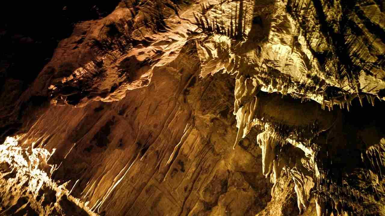 Andreste 40 giorni in una caverna? 15 volontari l'hanno fatto: ecco i risultati