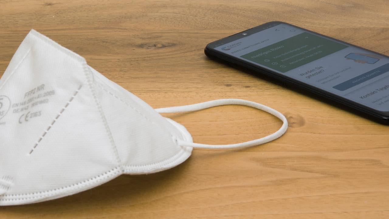 iPhone mascherina