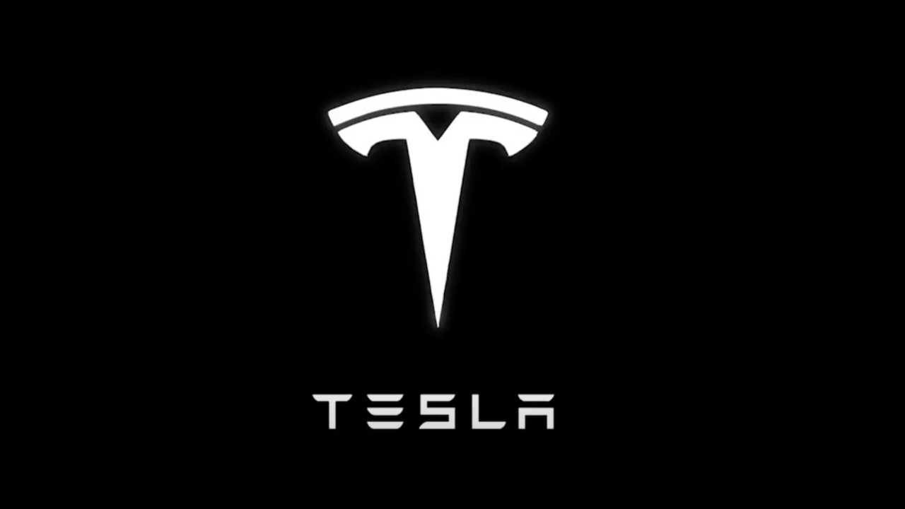 Tesla e Sony